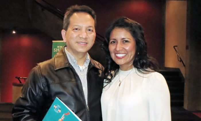 Cheuk Gin and Patrica Gin enjoy an evening at Shen Yun Performing Arts at Indianapolis' Clowes Memorial Hall, on Jan.16, 2015. (Sally Sun/Epoch Times)