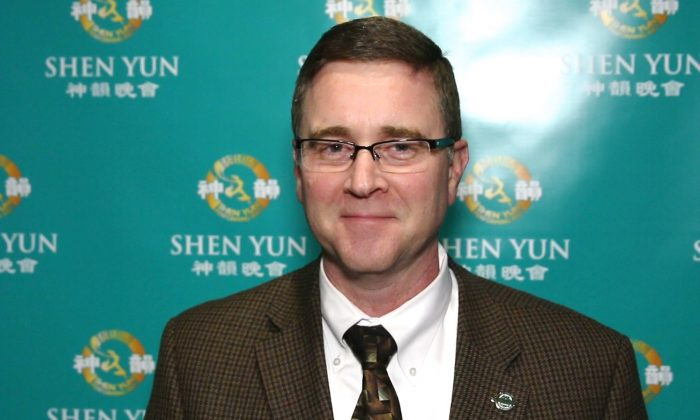 Mayor Mark Myers of Greenwood City Indiana, enjoyed Shen Yun when he saw the performance at Clowes Memorial Hall of Butler University, Jan. 16, 2015. (Courtesy of NTD television)