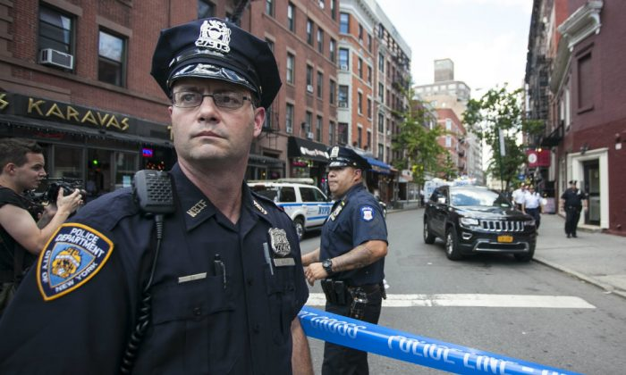 A file photo of an NYPD officer in  Manhattan, New York, July 28, 2014. (Samira Bouaou/Epoch Times)