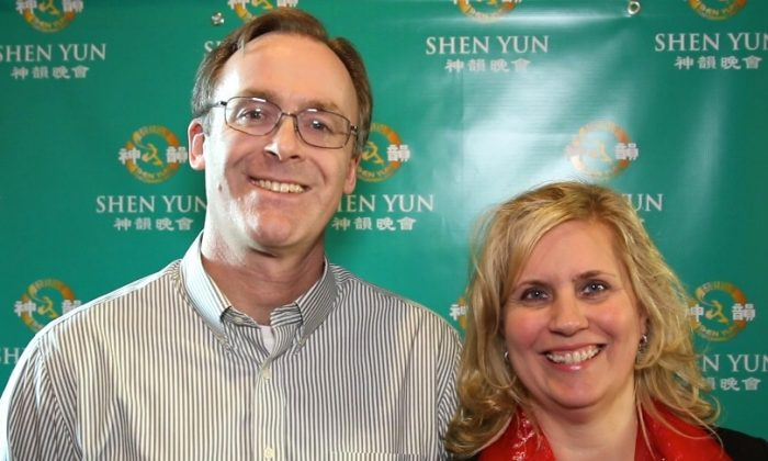 Martin and Annette Jones enjoyed Shen Yun Performing Arts at Indianapolis' Clowes Memorial Hall of Butler University, on Jan. 17, 2015. (Courtesy of NTD Television)