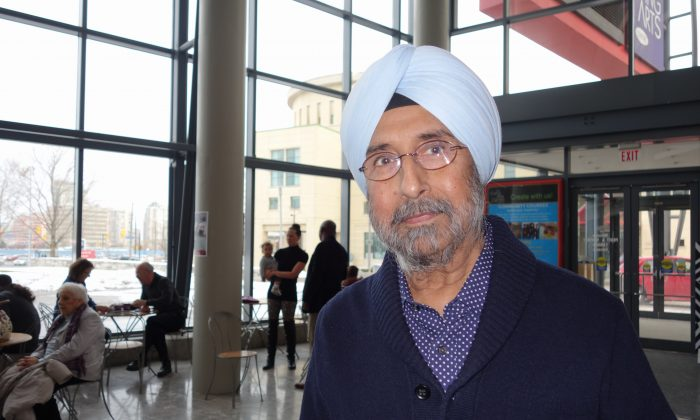 Bhupinder Kalra, the owner Bombay Chopsticks, attended Shen Yun Performing Arts in Mississauga on Jan. 17, 2015, and praised the classical Chinese dance production for its elegant combination of dance and technology. (Epoch Times)