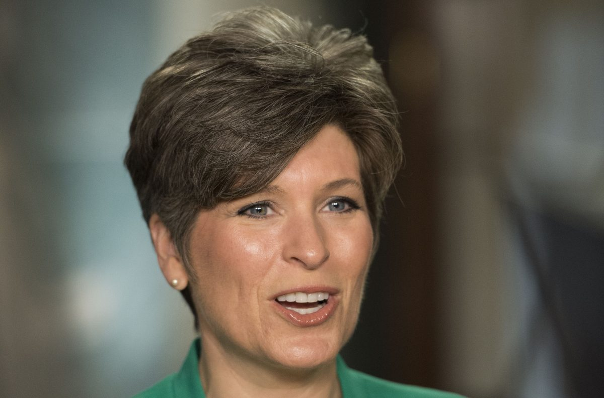 Joni Ernst, a newly elected senator from Iowa, rehearses the Republican party's response to US President Barack Obama's State of the Union address on Capitol Hill in Washington, DC, January 20, 2015. (Jim Watson/AFP/Getty Images)