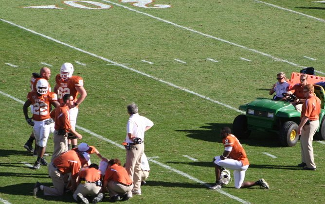 Is there more to the concussion crisis than what the science can tell us? (Wikimedia Commons, CC BY-SA)