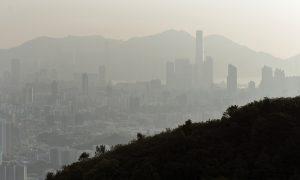 While Beijing Enjoys the Sun, Hong Kong Suffers Smog-Darkened Skies