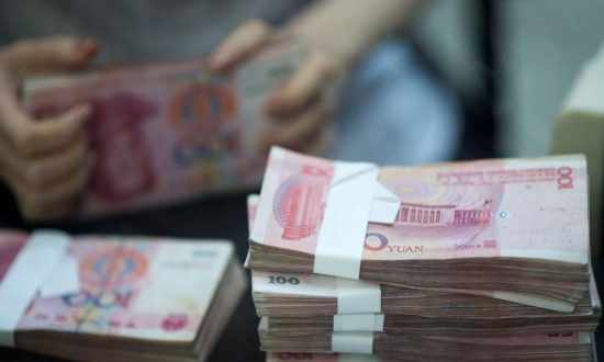 Chinese Investors Protest as Lending Industry Collapses