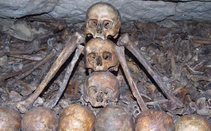 Bones in the Paris catacombs. (Jjmusgrove via Compfight cc*)