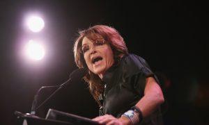 Sarah Palin Rips Hillary Clinton at GOP Summit in Iowa