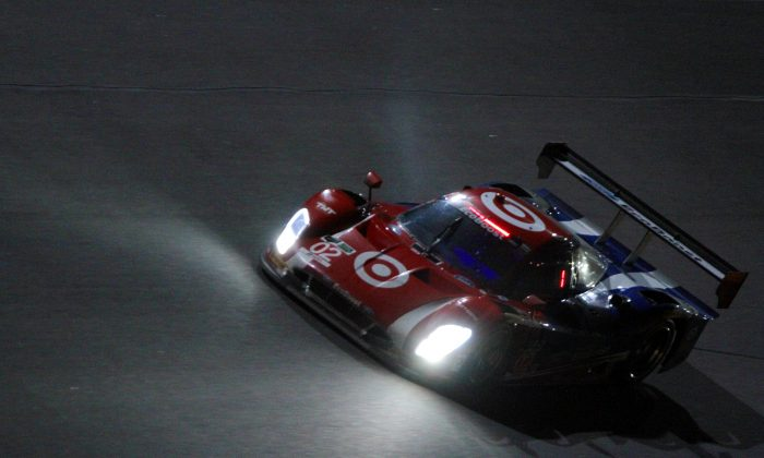 Scott Dixon in the #02 Ganassi Riley-Ford EcoBoost leads the Tudor Championship Rolex 24 after 15 hours. (Chris Jasurek/Epoch Times)