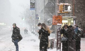 NYC Snow Photos: Blizzard Pictures for 'Snowmageddon'