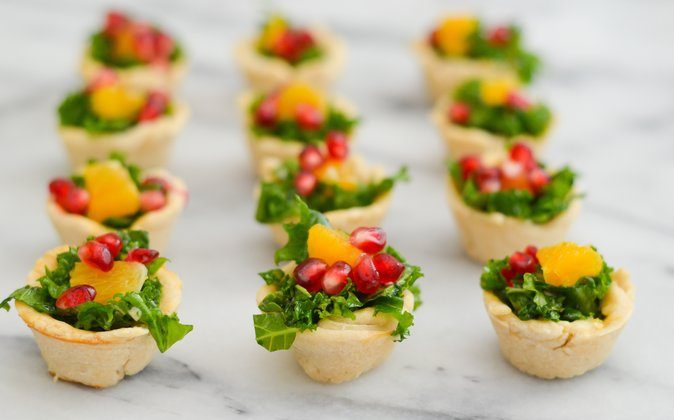 Poppy Seed & Kale Salad Cups. (Luci's Morsels)