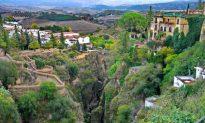 A Walking Tour of Ronda, Spain