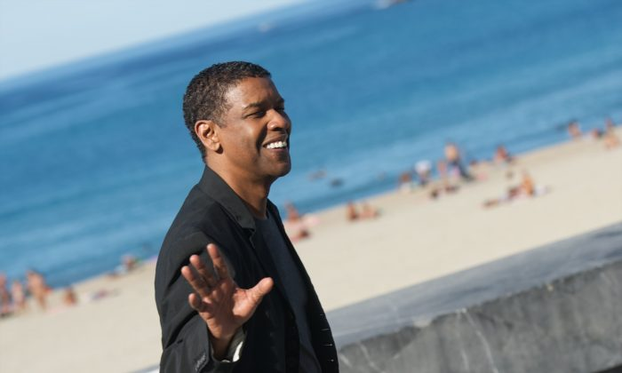 """Actor Denzel Washington  at the Kursaal Palace in San Sebastian, Spain, on September 19, 2014 . Washington may be showing interest in a guest appearance in the Fox hit TV show """"Empire.""""  (Carlos Alvarez/Getty Images)"""