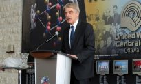 Ottawa Memorial Marks Holocaust Remembrance Day