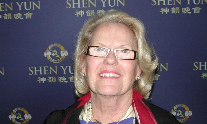 Shen Yun Is a 'Heavenly Beauty'