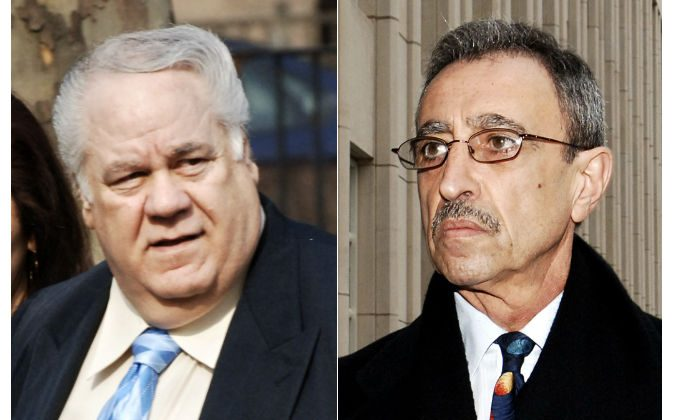 Former New York City police detective Louis Eppolito (L) and former New York City police detective Stephen Caracappa (R) on March 13, 2006. (AP Photo/Louis Lanzano)