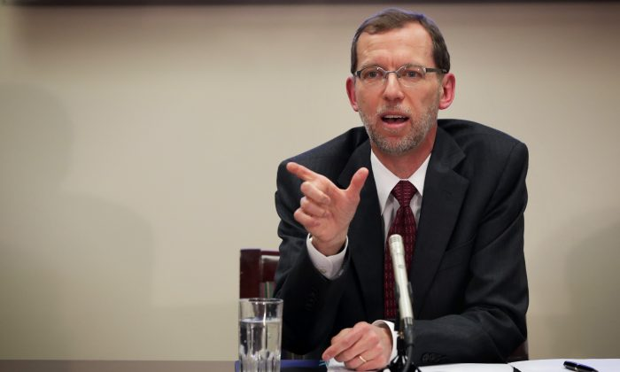 Congressional Budget Office Director Douglas Elmendorf speaks during a media briefing January 26, 2015 in Washington, DC. Director Elmendorf held the media briefing to discuss the annual 'Budget and Economic Outlook.' (Alex Wong/Getty Images)
