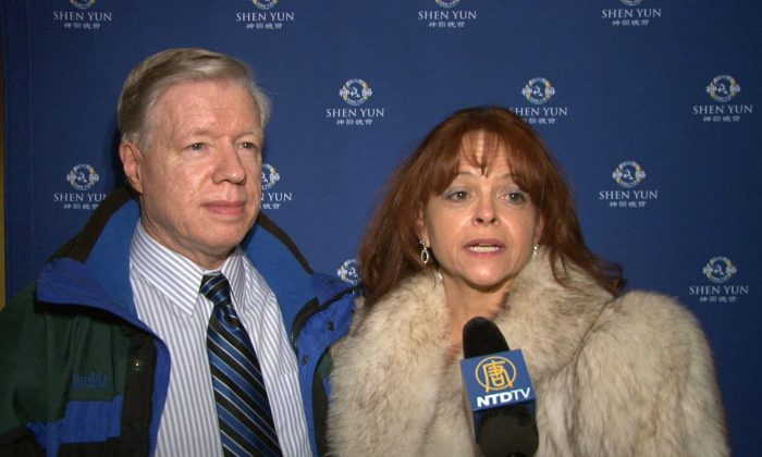 Tess Sharpe and Mark Dearry at the Duke Energy Center For The Performing Arts on Jan. 28, 2015. (Courtesy of NTD Television)