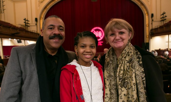 Louise and Gabriel Miller and their daughter at the Modell Performing Arts Center at the Lyric on Jan. 30, 2015. (Epoch Times)