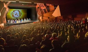 Six Consecutive Sold Out Shen Yun Performances in Costa Mesa