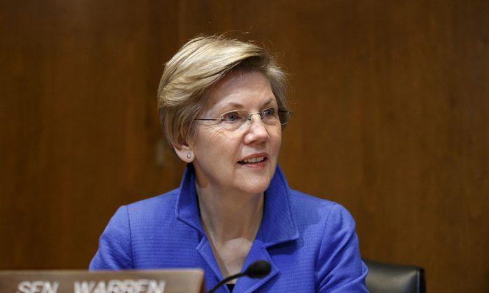 Sen. Elizabeth Warren (D-Mass.) is seen on Capitol Hill in Washington on Jan. 8, 2015. (AP Photo/J. Scott Applewhite)