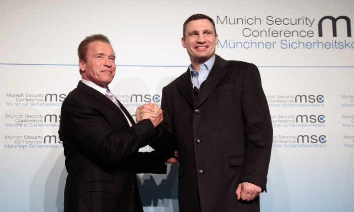 Arnold Schwarzenegger (L) and Vitali Klitschko, lord mayor of Kiev at the 51st Munich Security Conference in Munich, Germany, on Feb. 7, 2015. (Johannes Simon/Getty Images)