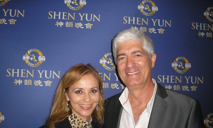 Shen Yun Inspires Hollywood Actor and Art Director