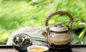 Can Drinking Green Tea Make Supplements Safer?