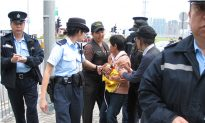 Confiscation of Falun Gong Banners Ruled Unconstitutional in Hong Kong
