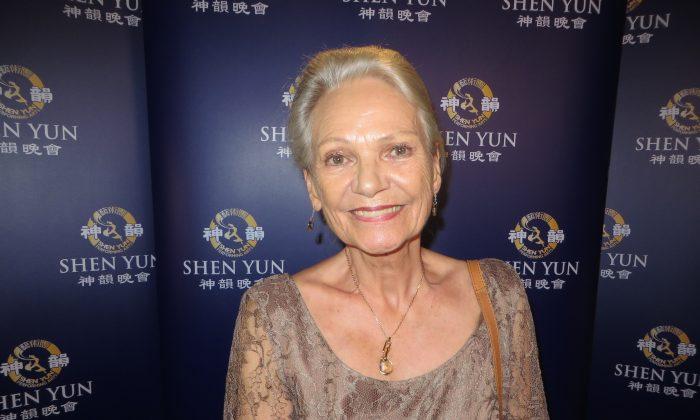 Ex-ballerina Says Shen Yun 'Fantastic'