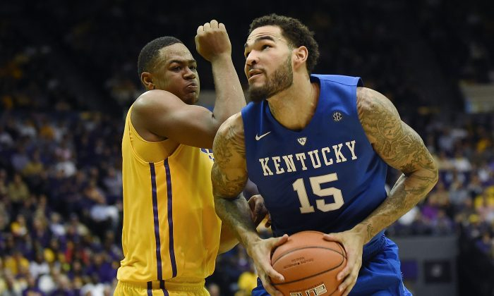 Willie Cauley-Stein #15 of the Kentucky Wildcats works against Jarell Martin #1 of the LSU Tigers during the second half of a game at the Pete Maravich Assembly Center on February 10, 2015 in Baton Rouge, Louisiana. (Stacy Revere/Getty Images)