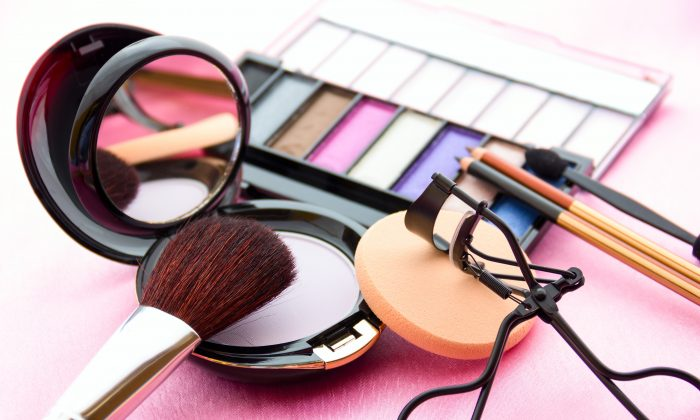 Chemicals commonly found in makeup, lotions, perfumes, nail polish, liquid soap, and hair spray may contribute to earlier menopause, according to new research. (MrLonelyWalker/iStock/Thinkstock)