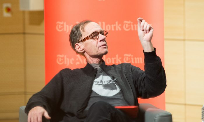 New York Times Columnist David Carr attends the TimesTalks at The New School on February 12, 2015 in New York City.  (Mark Sagliocco/Getty Images)
