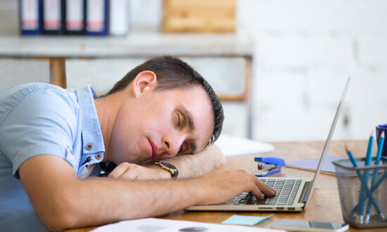 10 Signs of Sleep Deprivation
