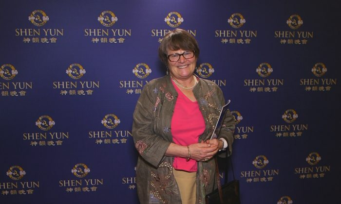 Shen Yun 'A Divine Experience,' Says Attorney