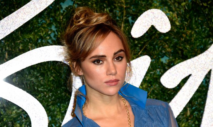 Suki Waterhouse attends the British Fashion Awards at London Coliseum on December 1, 2014 in London, England.  (Photo by Pascal Le Segretain/Getty Images)