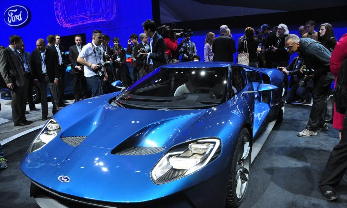 The 2017 Ford GT supercar on display. This 600 hp beauty will be built in Ford's plant in Markham, Ontario. (Allen Zhou/Epoch Times)