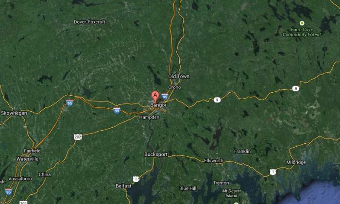 A crash on Interstate 95 has closed down the road near Bangor, Maine, according to reports.