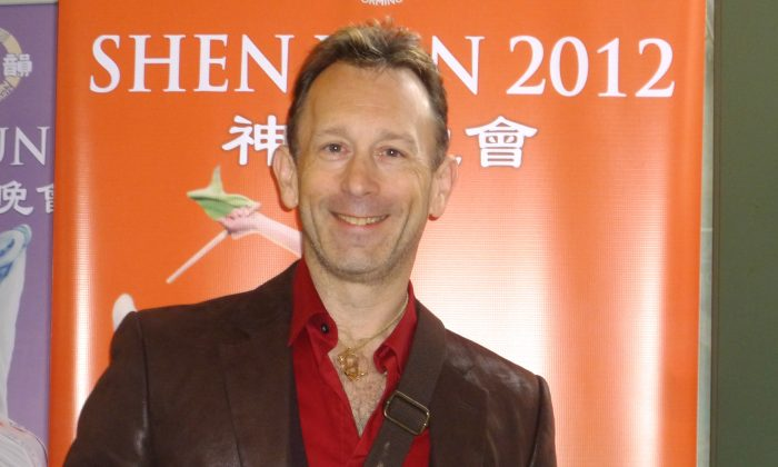 Therapist Attends Shen Yun Every Year, 'Sometimes More Than Once'
