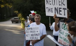 Regulating the Web: What's at Stake in FCC Net Neutrality Vote
