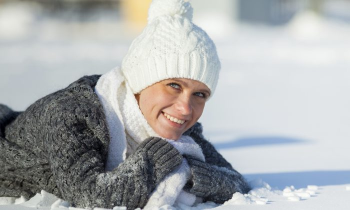Bundle up when you go outside because, according to Chinese medicine, cold can cause cramps and infertility. (/iStock/Thinkstock)