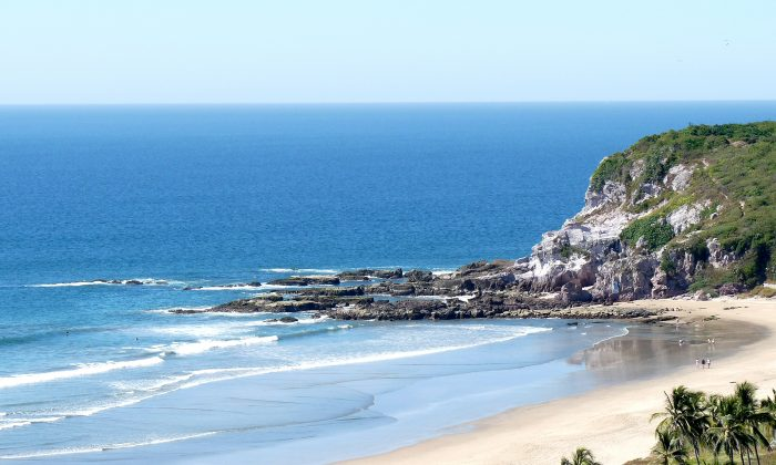 Mazatlán's white sandy beaches and tropical climate make it a popular tourist destination. (Barbara Angelakis)