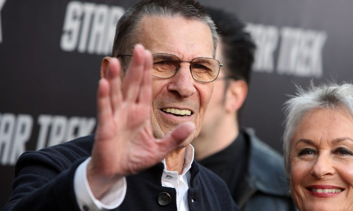 "Actor Leonard Nimoy arrives on the red carpet of the Los Angeles premiere of ""Star Trek"" at the Grauman's Chinese Theatre on April 30, 2009 in Hollywood, California.  (Photo by Frazer Harrison/Getty Images)"