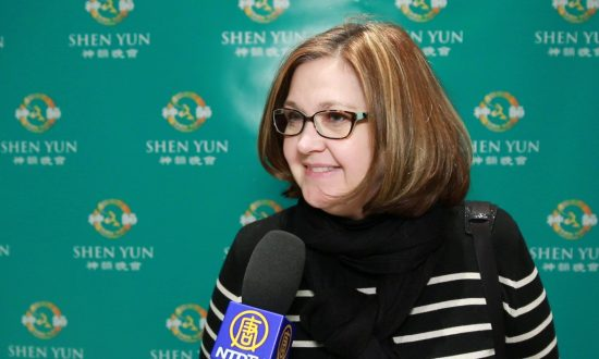Music Professor Touched by the Compassion and Depth of Shen Yun's Lyrics