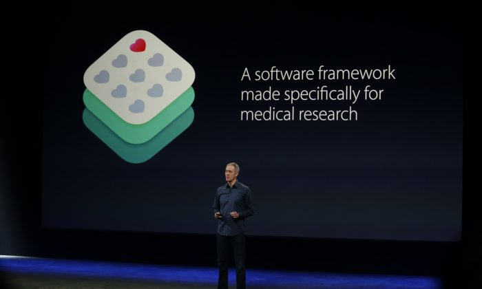 Apple Senior Vice President of Operations Jeff Williams announces ResearchKit on stage during an Apple special event at the Yerba Buena Center for the Arts on March 9, 2015 in San Francisco, (Stephen Lam/Getty Images)