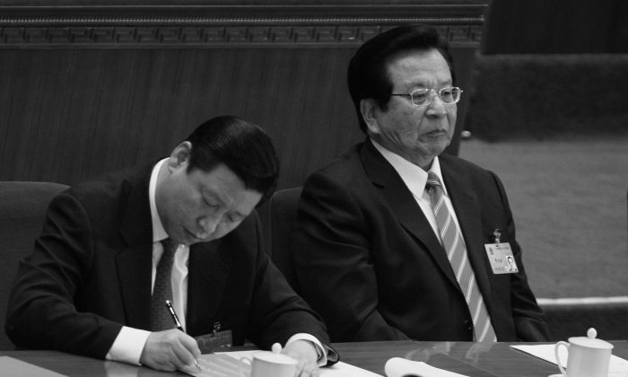 China's former vice chairman Zeng Qinghong (R) seated next to now Party leader Xi Jinping (L) at the National People's Congress on March 15, 2008. Zeng's former secretary said his boss was a victim of hyped news reports. (Feng Li/Getty Image)