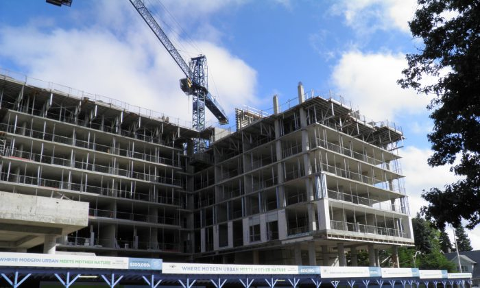 A condo under construction in Toronto during the summer of 2014. (Epoch Times)