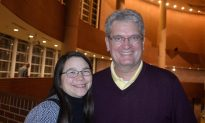 Shen Yun Is Glorious Says Bradley University Professor