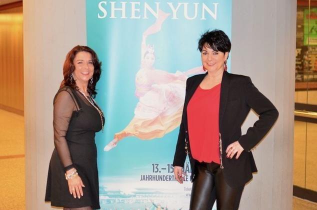 Ms. Simone Bott and Ms. Sabine Senft, owners of Fliesen-Bott GMBH in Mainz, attend Shen Yun in Frankfurt. (Florian Godovits/Epoch Times)