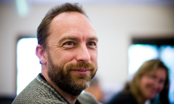 Wikipedia co-founder Jimmy Wales at Creative Commons board meeting in 2008. (Joi Ito/CC BY 2.0)