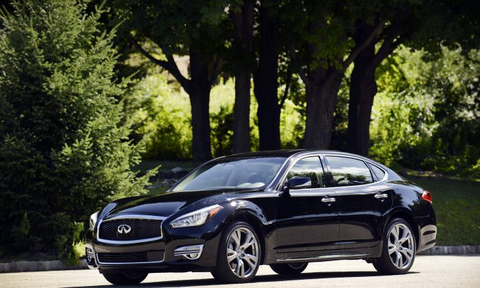 2015 Infiniti Q70L (Courtesy of Infiniti)